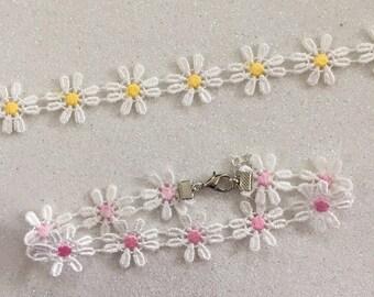 daisy ribbon choker ~ pink or yellow