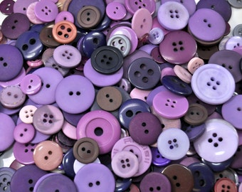 1/4 Pound Mixed Purple Buttons /260