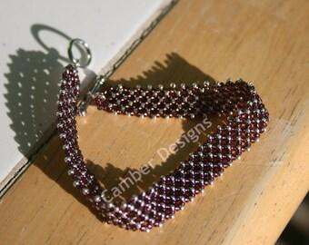 X's n O's Glass Bead Bracelet
