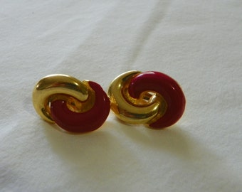 Red gold tone vintage clip on earrings