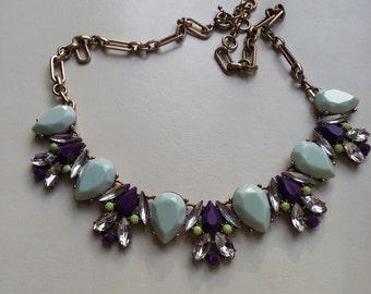 Beautiful women statement necklace