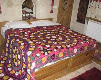 LONG SUZANI BEDSPREAD,Vintage Suzani,Boho Chic Suzani,Bohemian Textile,Boho chic Textile,Bohemian Textiles,Boho Chic Textiles,Boho Wall
