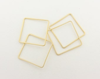 P0085/Anti-Tarnished  Matt Gold Plating Over Brass/Square Connector/30x 30 mm/4pcs