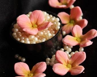 50 Pink Edible Fondant and gumpaste sugar hydrangea Flowers cupcakes Decoration, wedding cakes, birthday cakes, cupcake topper