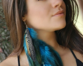 Gorgeous  blue  and green Feather Earrings, blue and green long earrings, feather earrings, unique earrings, blue feathers earrings