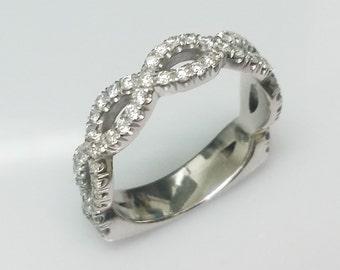 Sale!!!!   DIAMOND INFINITY RING