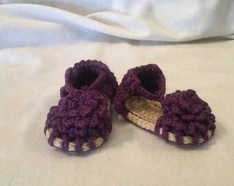 Crocheted Flower sandal 3-6 months