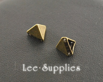 30pcs Antique Bronze Alloy Pyramid Spikes Beads Charms Pendant A114