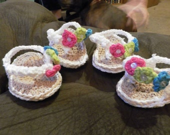 Crochet Baby Girl Flip Flops with Flowers