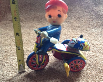 Vintage Little Boy Riding A Tricycle Wind Up Litho Tin Toy MTU Made in Korea