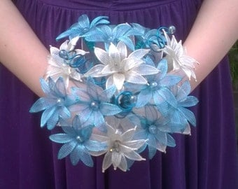 Something Blue keepsake flower Bouquet, alternative wedding flowers, wire bouquet, blue brides
