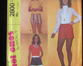 1971 McCall's 2800 Short Shorts Hot Pants Daisy Dukes Pattern Misses Size 14