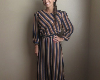 1970's brown striped day dress size small/medium