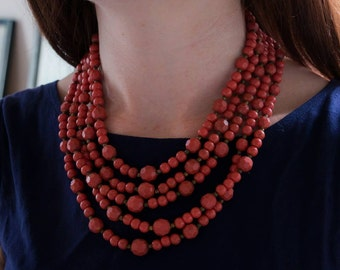 Coral vintage necklace