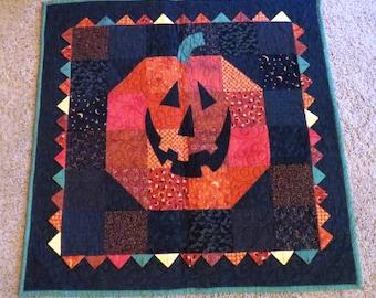 Festive Halloween Wall Hanging - Jack-O-Lantern