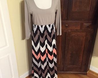 Casual 3/4 Sleeve Full Length Chevron Maxi Dress