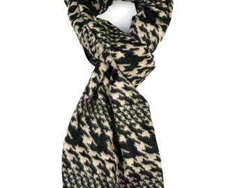 Black & Beige Houndstooth Print Wool Scarf