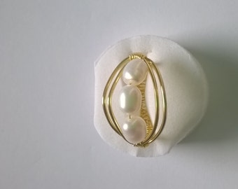 Freshwater cultured pearl ring adjustable gold plated