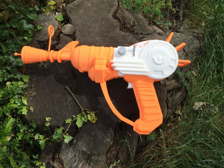 3d printed call of duty ray gun replica gun by easton3dservices