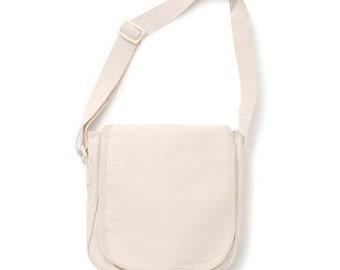Natural Canvas Messenger Bag