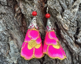 Embroidered Flower Earrings in Pink