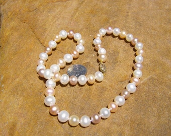 Multicolored Pearl Necklace