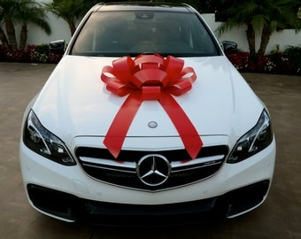 Red Magnetic Car Bow