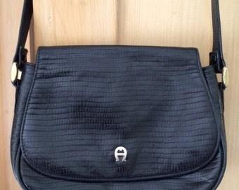 Vintage Leather Purse Shoulder Bag Etienne Aigner Black Croc Texture Classic Brass A 1990s