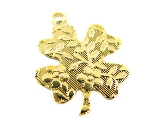 Vintage Gold Plated Flower Textured Four Leaf Clover Charms (8X) (V117)