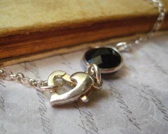 Gemstone Bracelet, Black Onyx, Bezel Set Gem, Sterling Silver, Rolo Chain, Heart Clasp, Sterling Bezel, Dainty Bracelet, Womens Jewelry