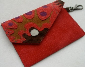 Little Envelope Wallet in Raspberry Suede with Keyclip