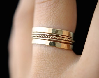 SOLID 14K Gold Twist stacking ring set of 5, 14K gold ring, solid gold stacking ring, gold twist ring set, delicate gold ring, 14k gold