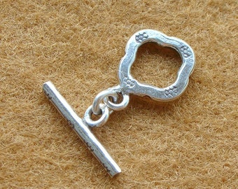 Karen Silver FLOWER TOGGLE CLASPS - 2 Pairs