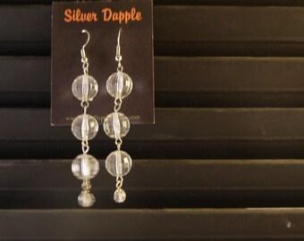 Clear balls earrings