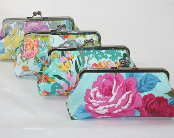 Asking Bridesmaid, Will you be My Bridesmaid Gift, Wedding Accessories, Be my Maid of Honor Gift-  Custom clutches for your bridal party