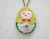 Felt Christmas Russian Doll (Medium Size), Felt doll, Felt Matryoshka, Felt Ornament, Felt Keychain, Christmas Decoration