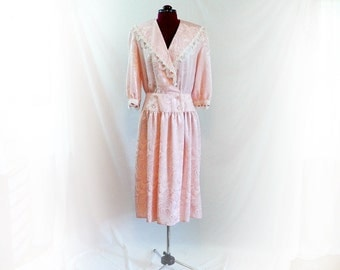 Vintage 70s Early 80s  Pastel Pink, Dress, Drop Waist, Big Collar, Embroidered Lace Trim, Baby Doll Grunge Look, Day Dress, Special Occasion