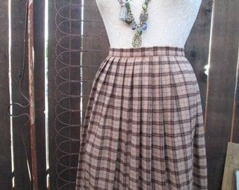 Vintage Plaid Skirt 70s Pleated wool brown tan knife pleats 70s brown Pleated Skirt Preppy classic M