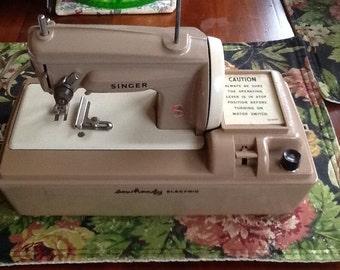 Singer-Sew Handy Child Sewing Machine