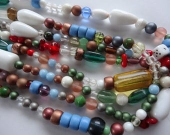 23 1/2 inch Glass Strand With Multi Colors, Shapes and Sizes A387