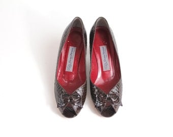 sz 7 | vintage 80s Evan Picone Leather Pumps | Peeptoe Bow Court Shoes | Snakeskin High Heel Shoes | 37.5