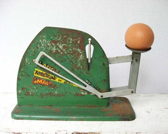 1930's Vintage Metal Farm Egg Grading Scale in Worn Green, Red, Yellow Paint, Works Well, Egg Sizer