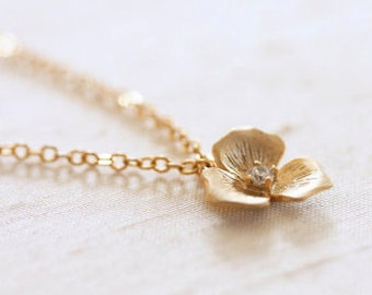 Gold Flower and Rhinestone Necklace