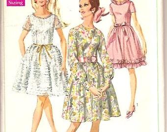 Simplicity 7945 Vintage 60s Dress Sewing Pattern Size 14 Bust 36 UNCUT