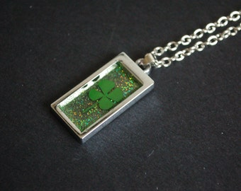 four leaf clover green glitter necklace