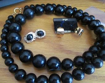 big black bead necklace plus