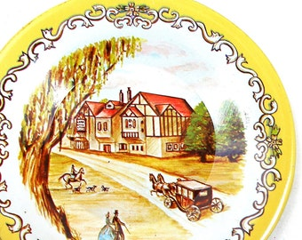50's tin toy tea plate with Coach & horses, Currier and Ives style pattern.