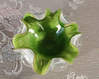 Green Murano Italian Art Glass Bullicante Bowl with Silver Flecks White Glass Console Bowl 6 Scolloped edge Centerpiece Candy Dish ashtray