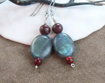 Labradorite Gemstone. Women's dangle earrings. 925 Sterling Silver