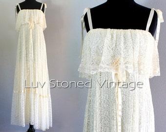 70s Vintage Lace Pleated Bohemian Boho Hippie Wedding Bridal Beach Ethereal Maxi Prom Dress   XS - SM   hanger   1060.8.1.15